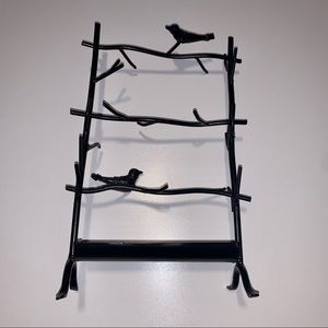 Black Heavy Metal Jewelry Stand with Ring Tray